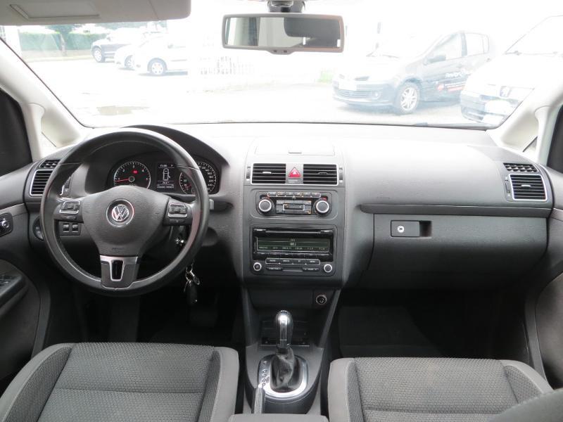 Volkswagen Touran 2.0 TDI 140ch FAP Confortline DSG6 Gris occasion à La Roche-sur-Yon - photo n°7