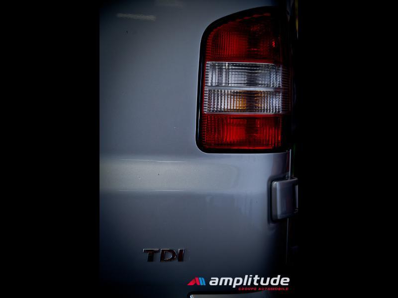 Volkswagen Transporter 2.8T L1H1 2.0 TDI 180ch Business Line DSG7 Gris occasion à Dijon - photo n°15