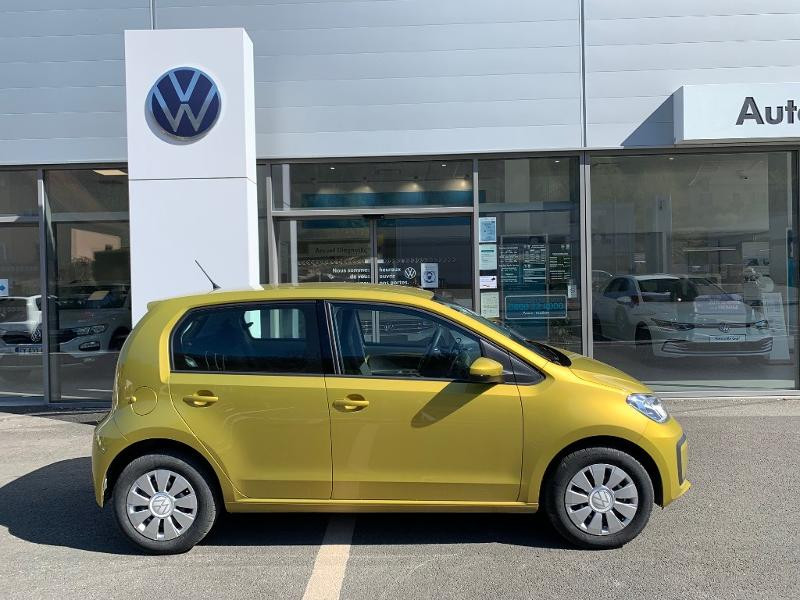 Volkswagen Up 1.0 60ch BlueMotion Technology Move up! 5p Jaune occasion à Figeac - photo n°2