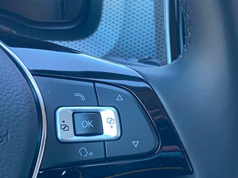 Volkswagen Up 1.0 65ch BlueMotion Technology Active 5p Rouge occasion à Onet-le-Château - photo n°17