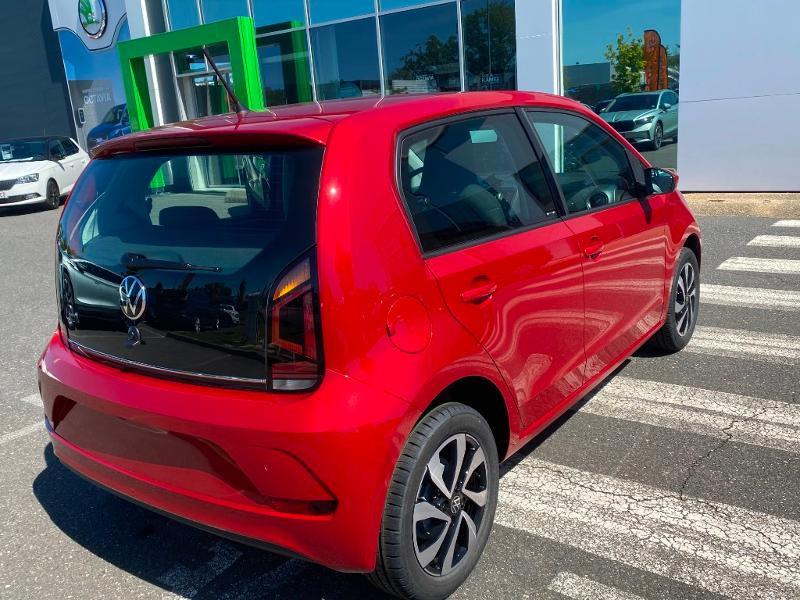 Volkswagen Up 1.0 65ch BlueMotion Technology Active 5p Rouge occasion à Onet-le-Château - photo n°8