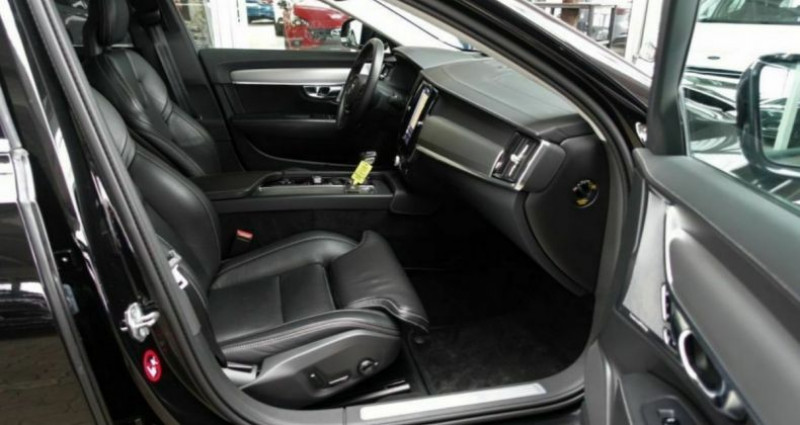Volvo S90 II D5 AWD 235  INSCRIPTION LUXE GEARTRONIC 8 Noir occasion à Saint Patrice - photo n°6