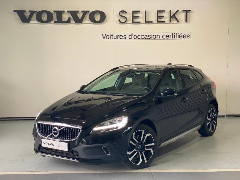 Volvo V40 D2 120ch Geartronic Noir occasion à Labège