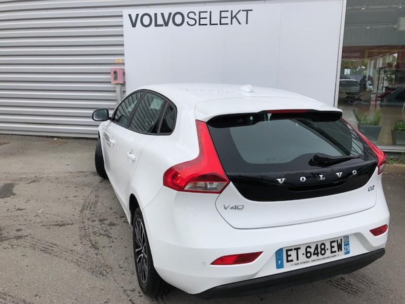 Volvo V40 D2 120ch Itëk Edition Blanc occasion à Quimper - photo n°4