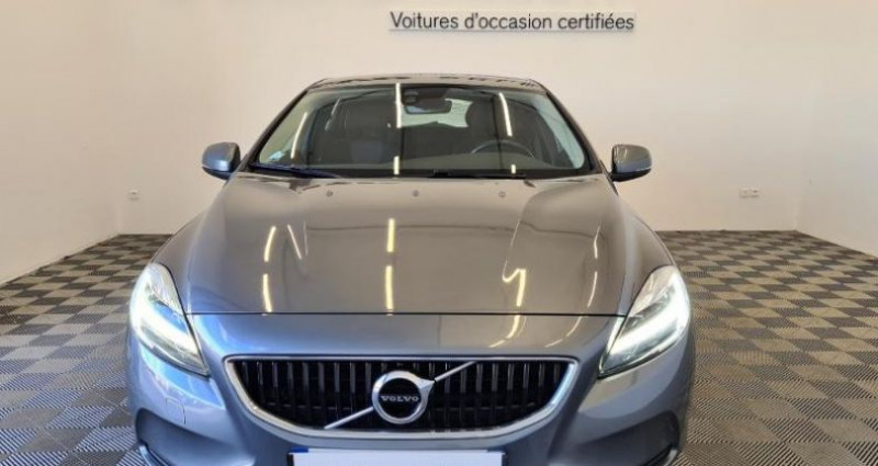 Volvo V40 D2 120ch Momentum Business Gris occasion à TOURLAVILLE - photo n°2