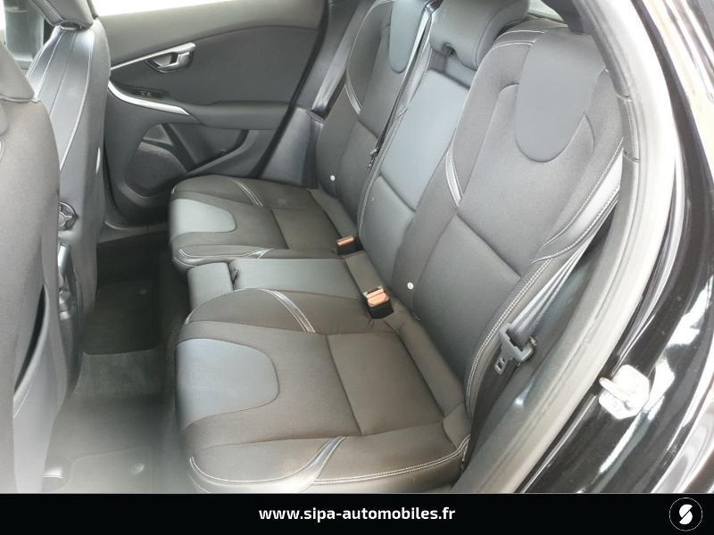 Volvo V40 D2 120ch Momentum Business Noir occasion à Mérignac - photo n°12