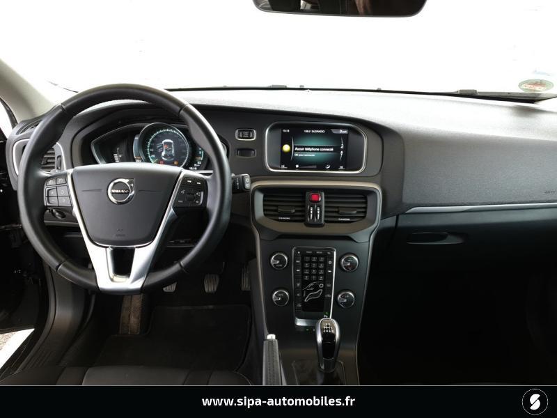 Volvo V40 D2 120ch Momentum Business Noir occasion à Mérignac - photo n°5