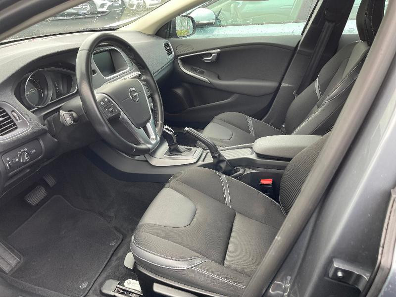 Volvo V40 T2 122ch Business Geartronic Gris occasion à Barberey-Saint-Sulpice - photo n°10