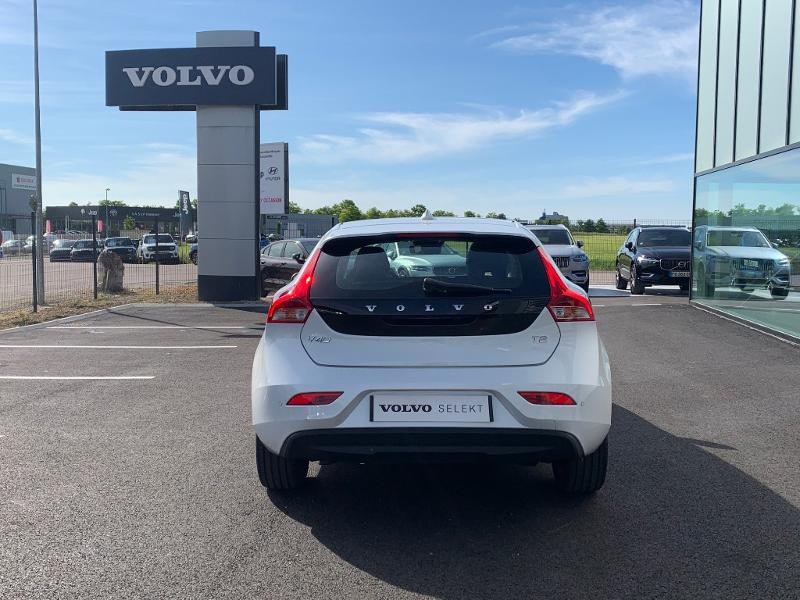 Volvo V40 T2 122ch Edition Geartronic Blanc occasion à Barberey-Saint-Sulpice - photo n°5
