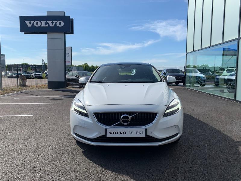 Volvo V40 T2 122ch Edition Geartronic Blanc occasion à Barberey-Saint-Sulpice - photo n°2