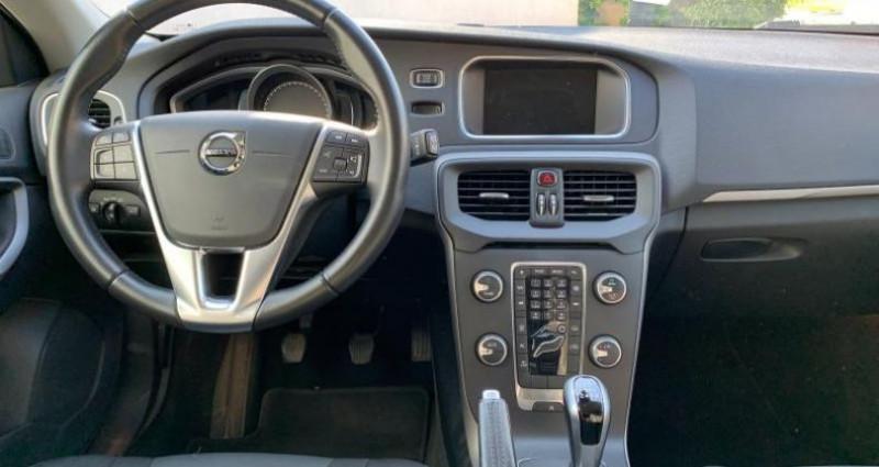 Volvo V40 T2 122ch Itëk Edition  occasion à Vénissieux - photo n°4