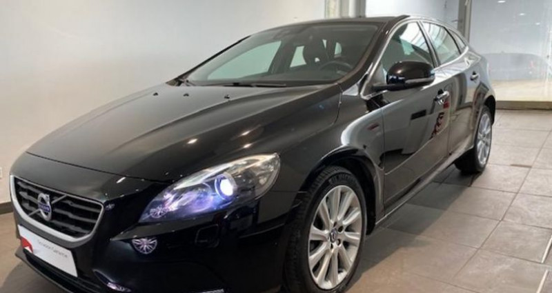Volvo V40 T2 122ch Xenium Geartronic Noir occasion à Chambourcy