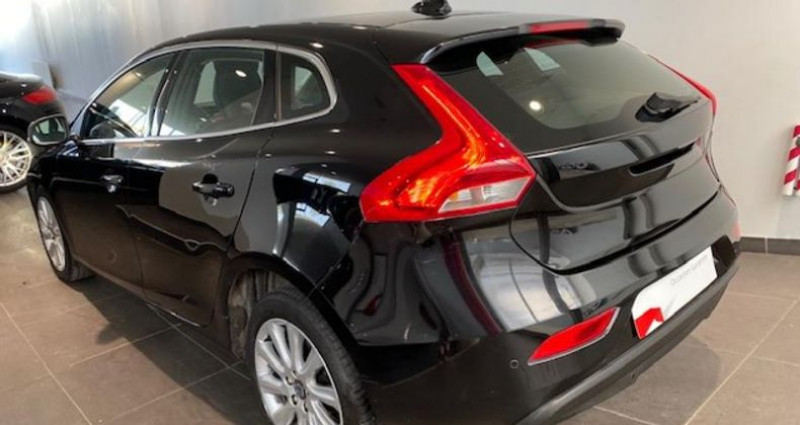 Volvo V40 T2 122ch Xenium Geartronic Noir occasion à Chambourcy - photo n°4