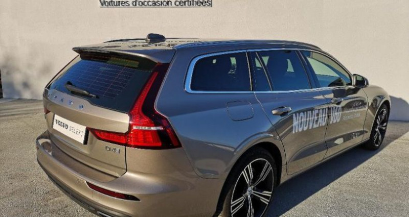 Volvo V60 D4 190ch AdBlue Inscription Geartronic  occasion à BARBEREY SAINT SULPICE - photo n°4