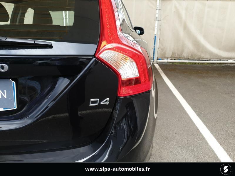Volvo V60 D4 190ch Summum Noir occasion à Mérignac - photo n°10