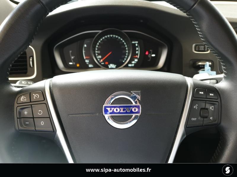 Volvo V60 D4 190ch Summum Noir occasion à Mérignac - photo n°18