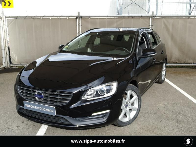 Volvo V60 D4 190ch Summum Noir occasion à Mérignac
