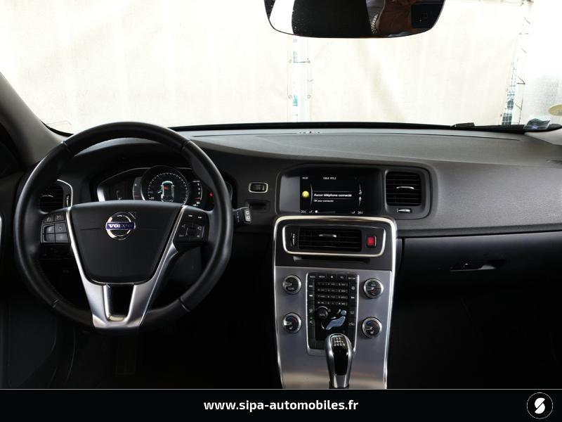 Volvo V60 D4 190ch Summum Noir occasion à Mérignac - photo n°3