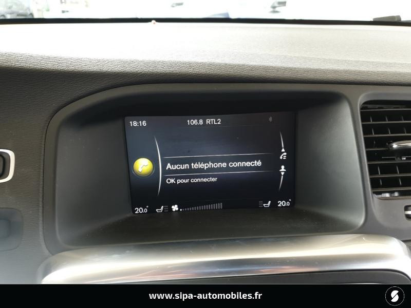 Volvo V60 D4 190ch Summum Noir occasion à Mérignac - photo n°16