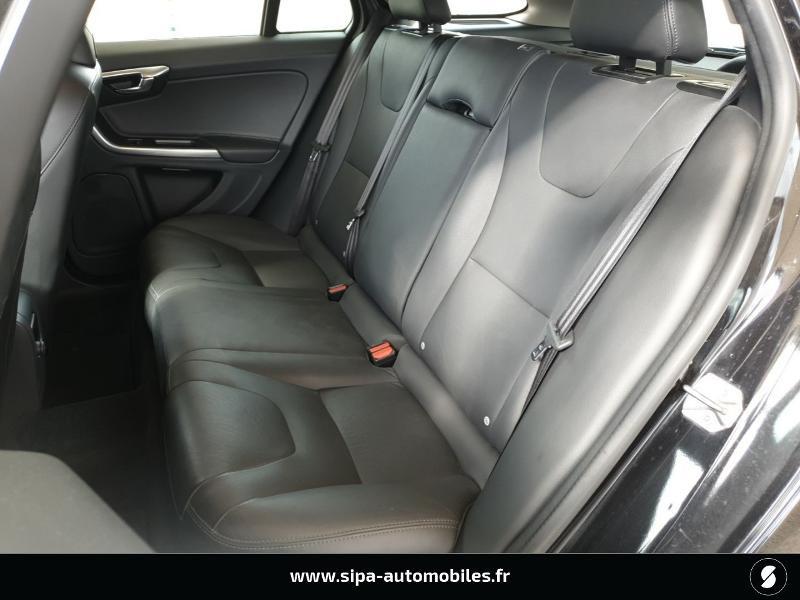Volvo V60 D4 190ch Summum Noir occasion à Mérignac - photo n°11