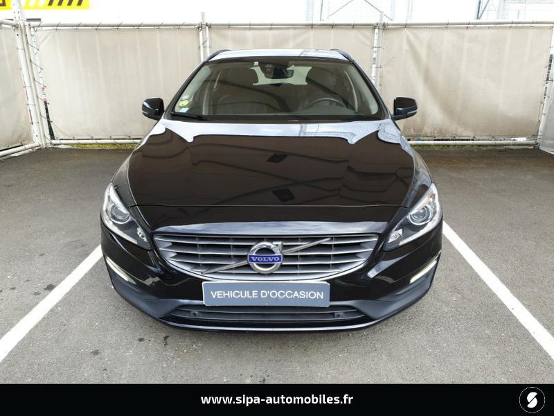 Volvo V60 D4 190ch Summum Noir occasion à Mérignac - photo n°8