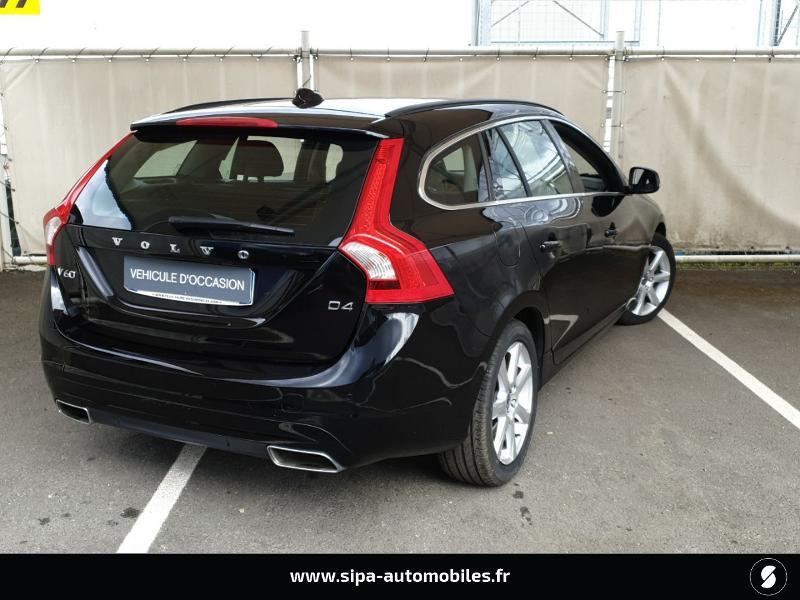 Volvo V60 D4 190ch Summum Noir occasion à Mérignac - photo n°2