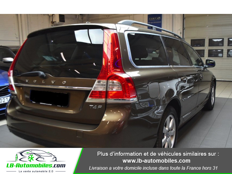 Volvo V70 T4F MOMENTUM 180CV E85 ETHANOL Marron occasion à Beaupuy - photo n°3