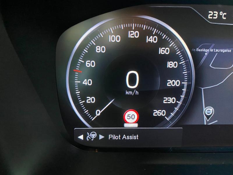 Volvo V90 D4 AdBlue 190ch Inscription Geartronic Gris occasion à Labège - photo n°14