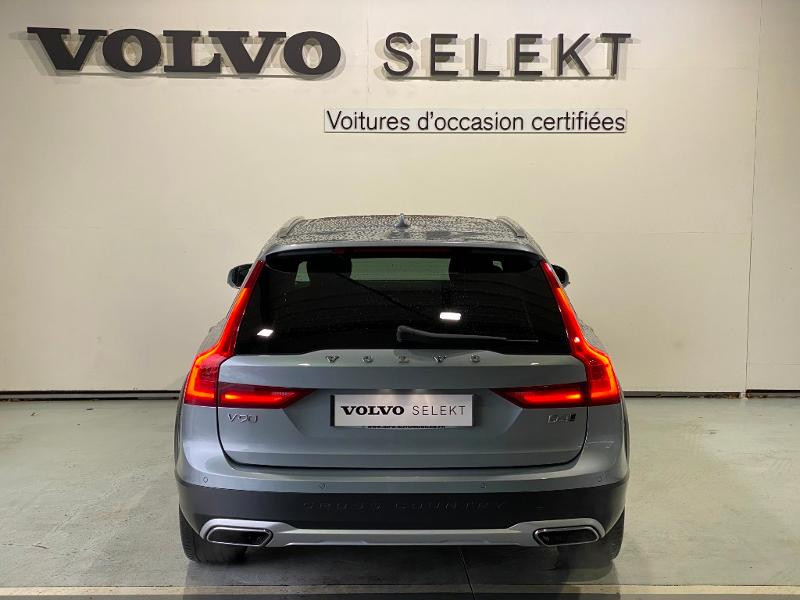 Volvo V90 D4 AdBlue AWD 190ch Pro Geartronic Argent occasion à Labège - photo n°5