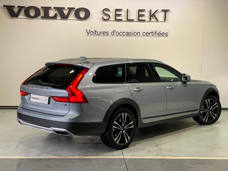 Volvo V90 D4 AdBlue AWD 190ch Pro Geartronic Argent occasion à Labège - photo n°4