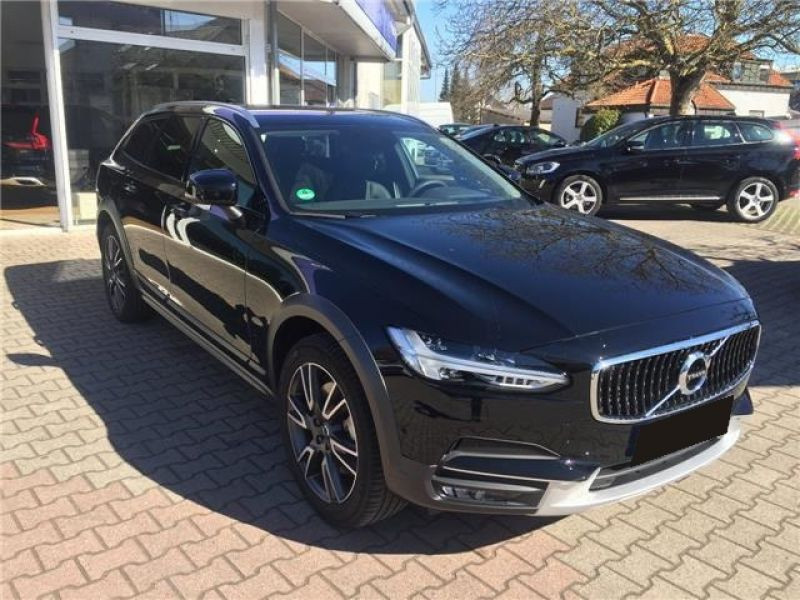 Volvo V90 D5 AWD 235 Geartronic Noir occasion à Beaupuy - photo n°7
