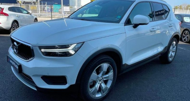 Volvo XC40 D4 AdBlue AWD 190ch Momentum Geartronic 8  occasion à BARBEREY SAINT SULPICE - photo n°7