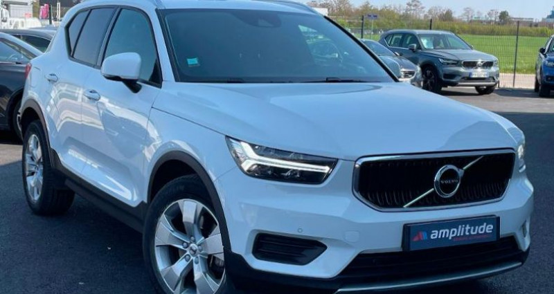 Volvo XC40 D4 AdBlue AWD 190ch Momentum Geartronic 8  occasion à BARBEREY SAINT SULPICE
