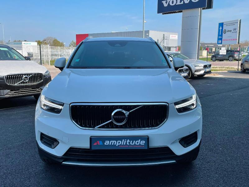 Volvo XC40 D4 AdBlue AWD 190ch Momentum Geartronic 8  occasion à Barberey-Saint-Sulpice - photo n°8
