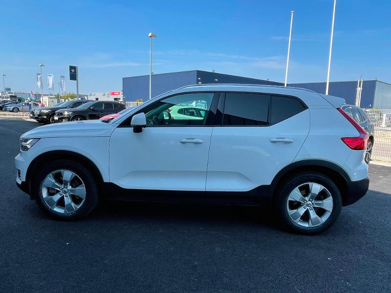 Volvo XC40 D4 AdBlue AWD 190ch Momentum Geartronic 8  occasion à Barberey-Saint-Sulpice - photo n°6