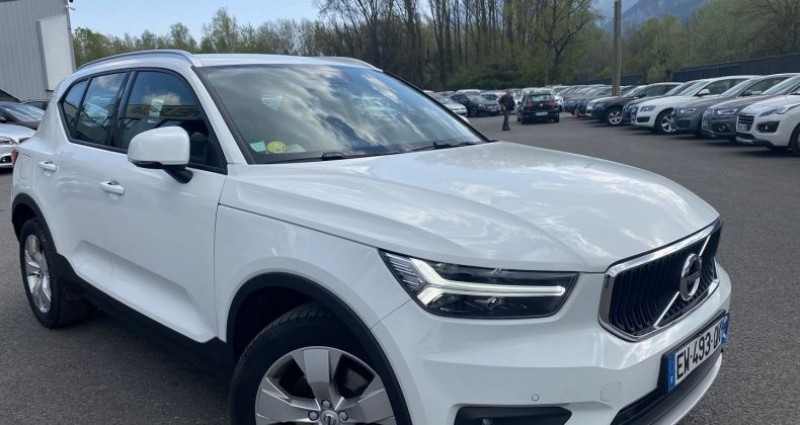 Volvo XC40 D4 AWD 190CH ADBLUE FIRST EDITION GEARTRONIC 8 Blanc occasion à VOREPPE - photo n°2