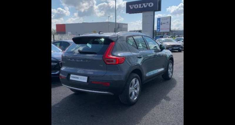 Volvo XC40 T2 129ch Momentum Geartronic 8 Gris occasion à BARBEREY SAINT SULPICE - photo n°3