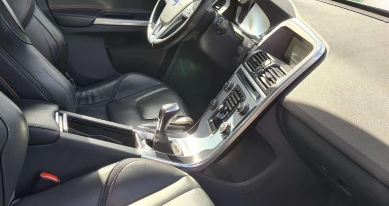 Volvo XC60 2.0 D3 Momentum GPs Cuire camera ct Gris occasion à Waregem - photo n°6