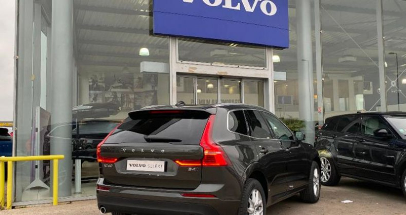 Volvo XC60 B4 AdBlue AWD 197ch Business Executive Geartronic Gris occasion à BARBEREY SAINT SULPICE - photo n°2