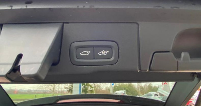 Volvo XC60 B4 AdBlue AWD 197ch Business Executive Geartronic Gris occasion à BARBEREY SAINT SULPICE - photo n°7