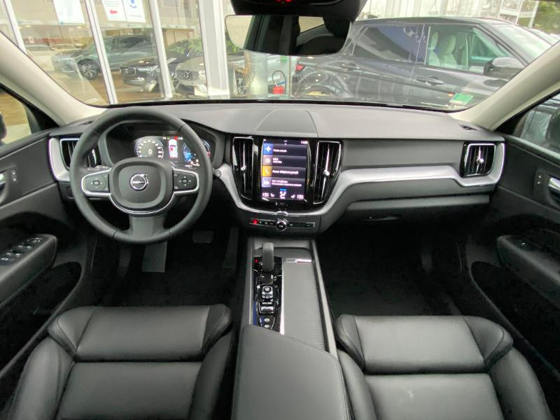 Volvo XC60 B4 AdBlue AWD 197ch Business Executive Geartronic Gris occasion à Barberey-Saint-Sulpice - photo n°10