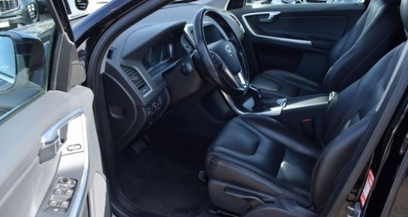 Volvo XC60 D4 181CH SUMMUM GEARTRONIC Noir occasion à VENDARGUES - photo n°6