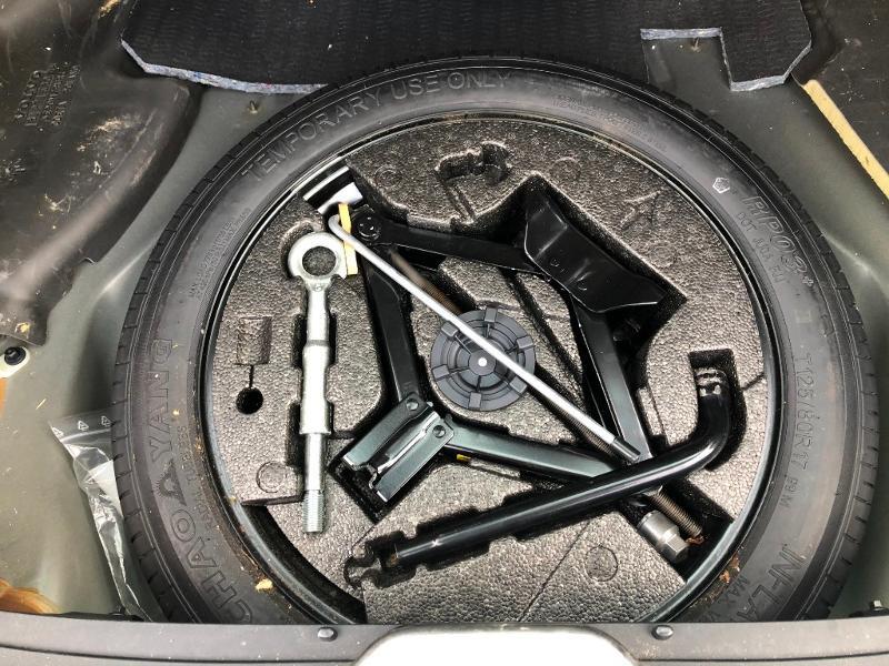 Volvo XC60 D4 181ch Summum Geartronic Noir occasion à Gien - photo n°11