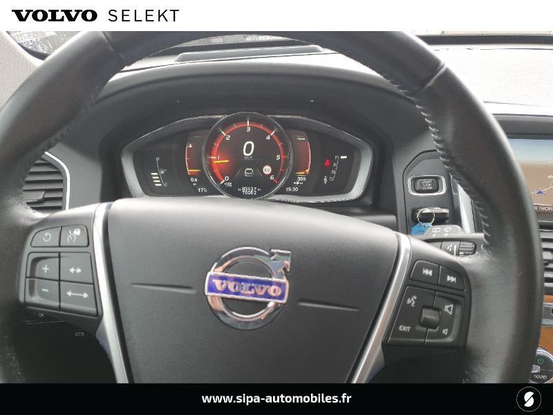 Volvo XC60 D4 190ch Xenium Geartronic Noir occasion à Lescar - photo n°15