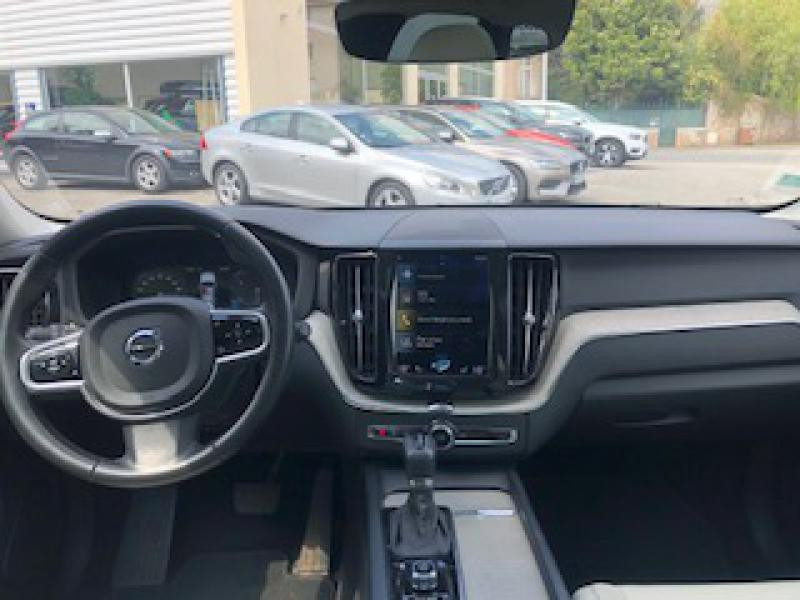 Volvo XC60 D4 AdBlue AWD 190ch Inscription Luxe Geartronic Noir occasion à Redon - photo n°6