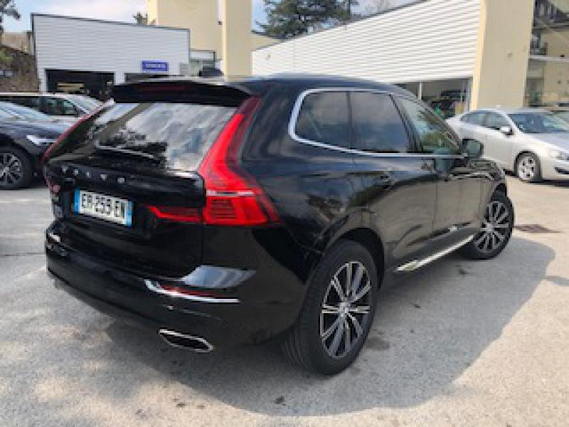 Volvo XC60 D4 AdBlue AWD 190ch Inscription Luxe Geartronic Noir occasion à Redon - photo n°2