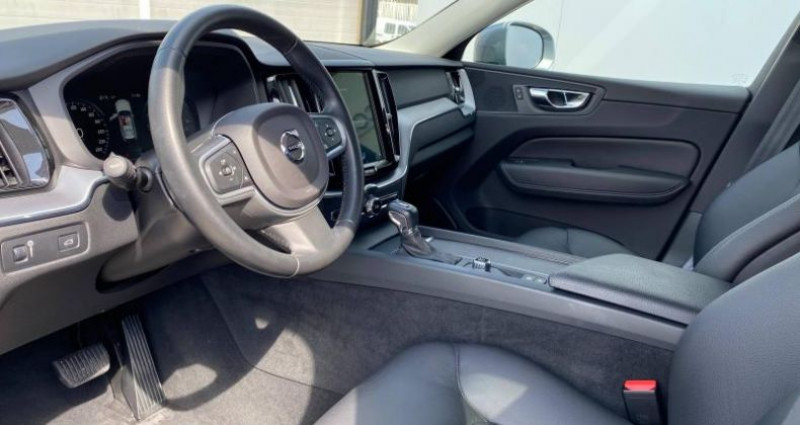 Volvo XC60 D4 AWD AdBlue 190ch Business Geartronic Gris occasion à AUBIERE - photo n°5