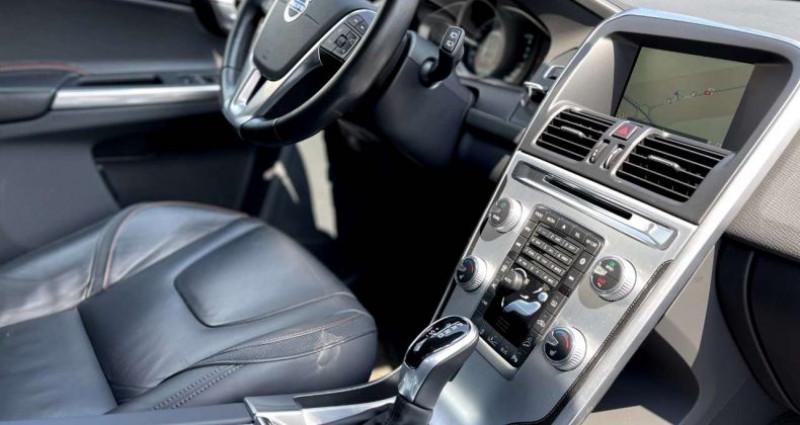 Volvo XC60 D5 AWD 215CV OCEAN RACE NAVI XENON CUIR BLIS Noir occasion à Bascharage - photo n°6