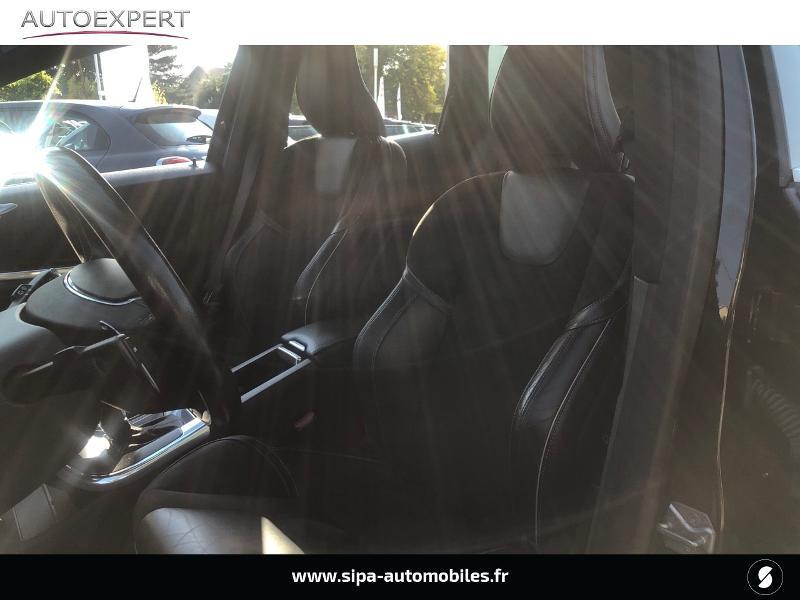 Volvo XC60 D5 AWD 220ch R-Design Geartronic Noir occasion à Villenave-d'Ornon - photo n°4