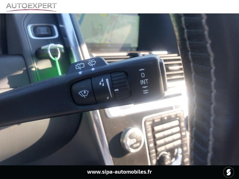 Volvo XC60 D5 AWD 220ch R-Design Geartronic Noir occasion à Villenave-d'Ornon - photo n°17